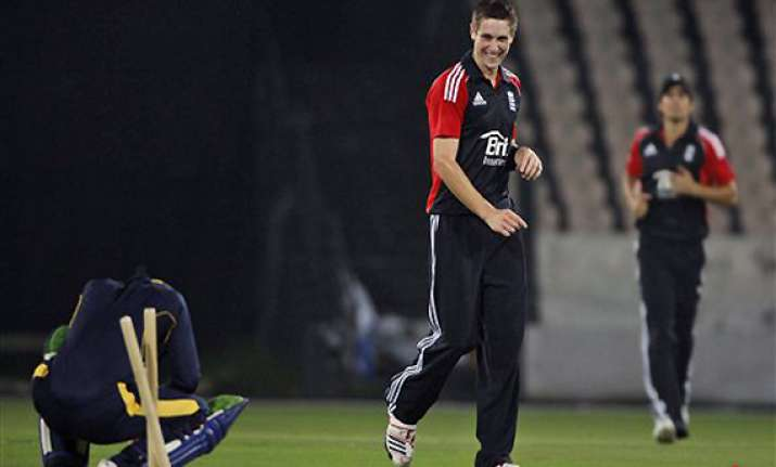 england pace bowler chris woakes ruled out of india tour