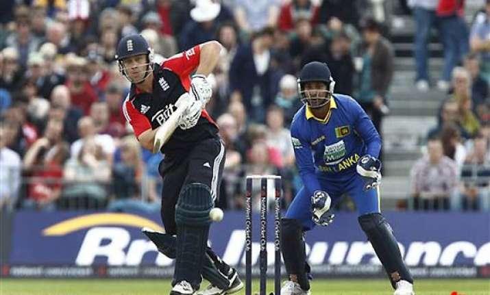 england defeat sri lanka by 16 runs win series