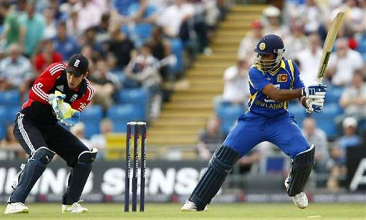 2nd odi mahela s ton seals england s fate