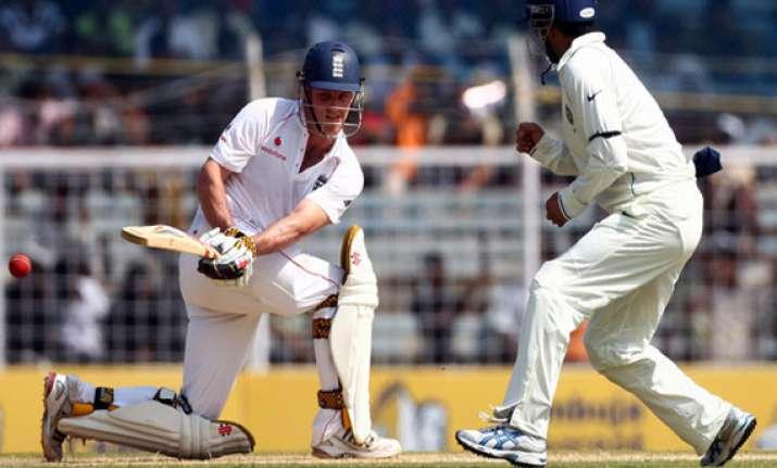 england lead by 85 runs at tea