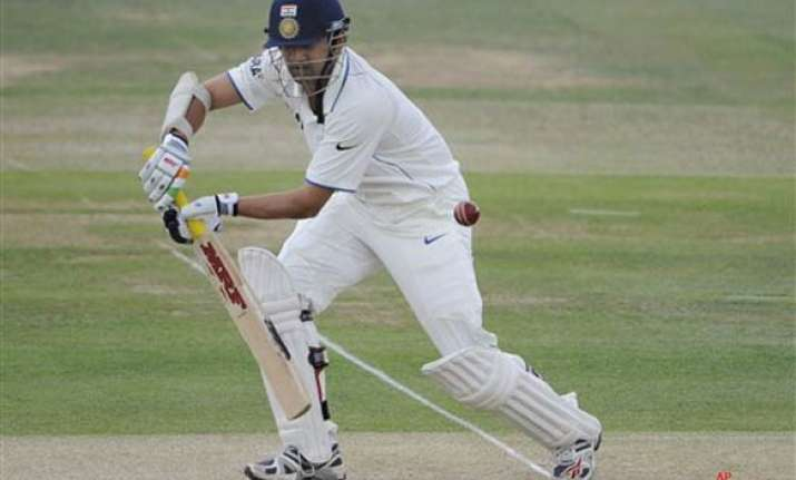 gambhir should be fit to bat on monday team manager