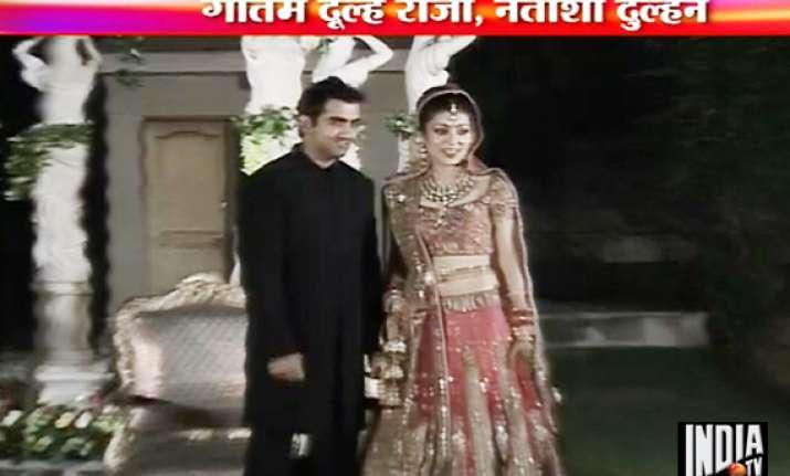 gambhir ties the knot with delhi girl