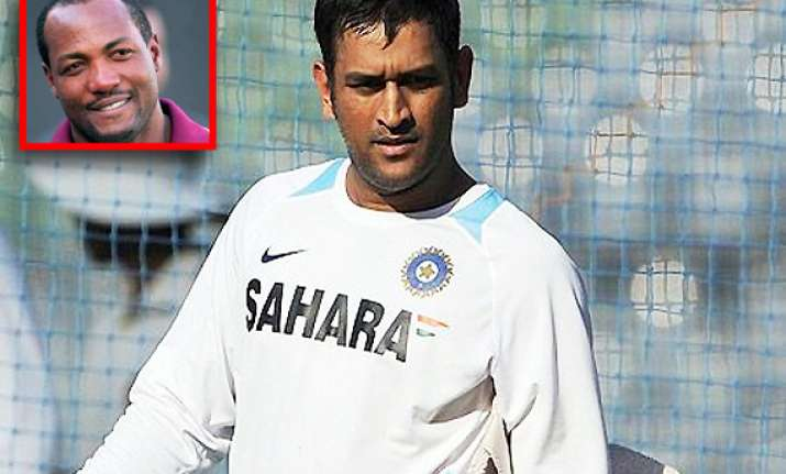 give dhoni another chance says brian lara