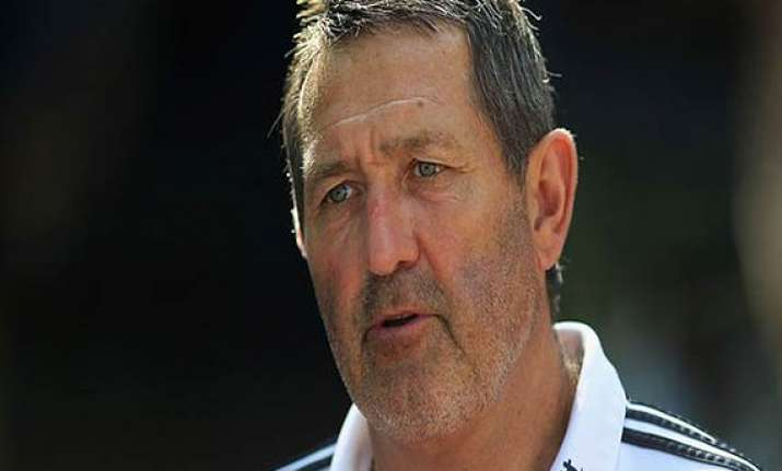 graham gooch quits as england batting coach