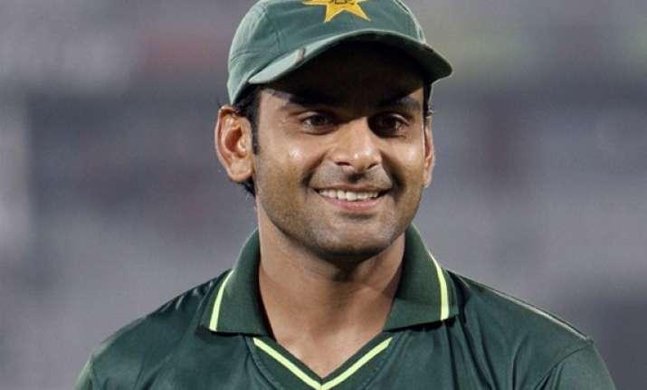 hafeez to lead pakistan in 1st test against sri lanka