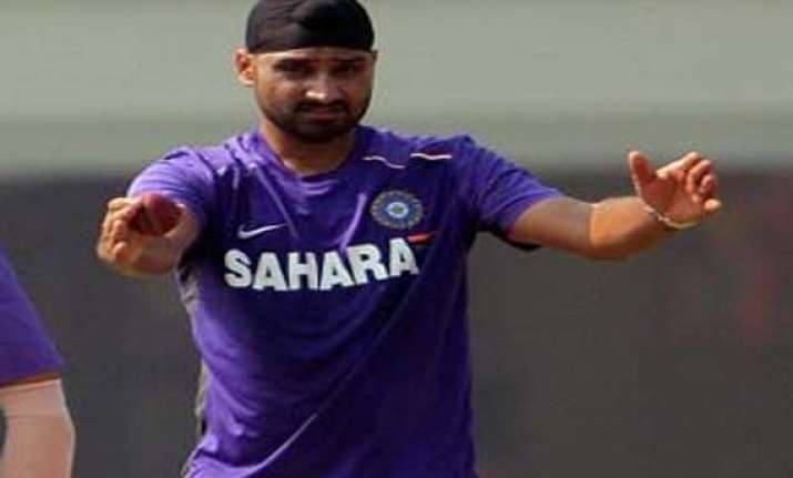 harbhajan to set up academy in hpca stadium