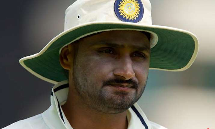 harbhajan ruled out of third test