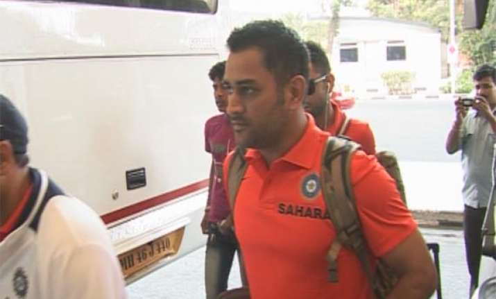 icc champions trophy team india leaves for england