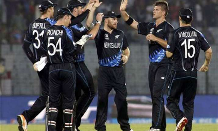 icc world t20 new zealand beat england by nine runs via d/l