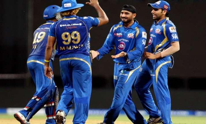 ipl7 mumbai add to delhi woes with 15 run win