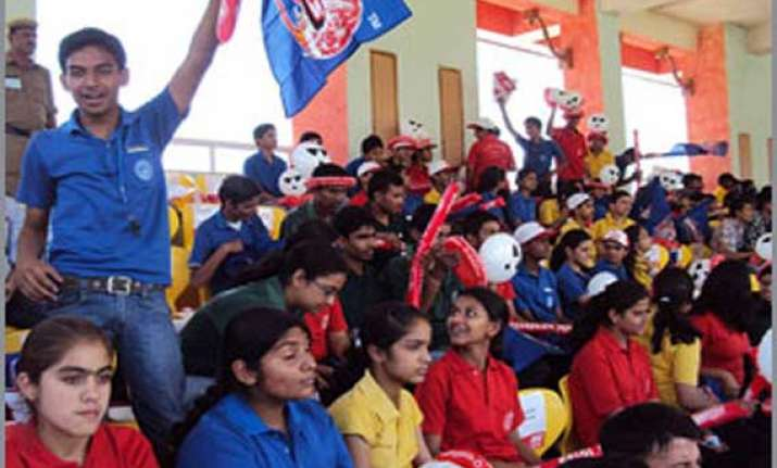 ipl7 free ticket to students with guardians