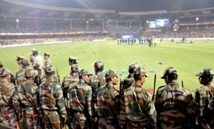 ipl 7 high security turns bangalore stadium into fortress
