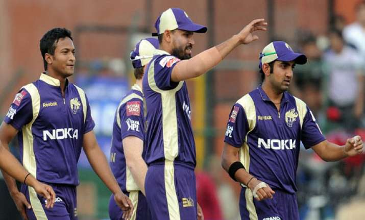 ipl7 kolkata knight riders win the toss and elect to field