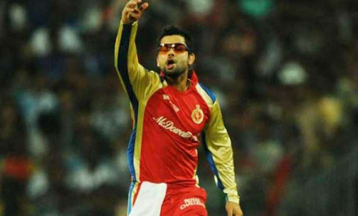 ipl7 rcb seek to outwit beleaguered delhi