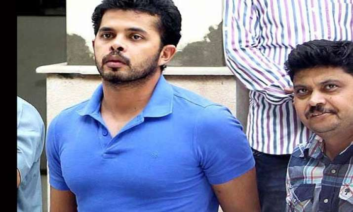 ipl6 sreesanth bought designer clothes worth rs 2l in a
