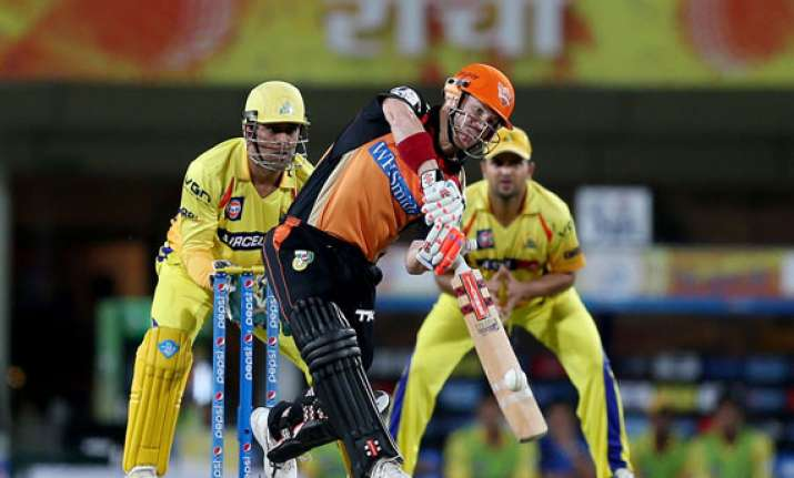 ipl7 warner sizzles as sunrisers hyderabad beat csk by six