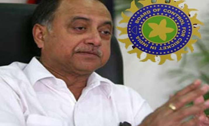 ipl fixing 3 more players one more ipl team under scanner