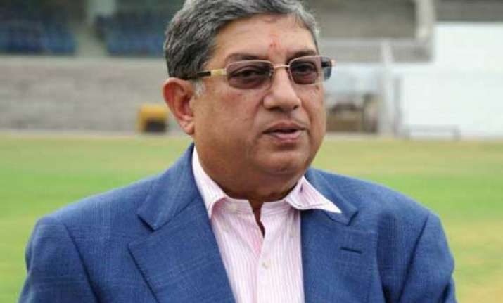 ipl spot fixing fica wants srinivasan to step aside from