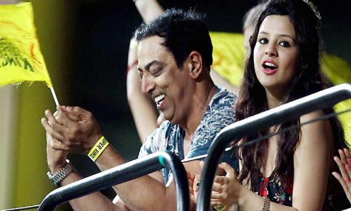 ipl6 spot fixing dhoni s wife sakshi may not be questioned
