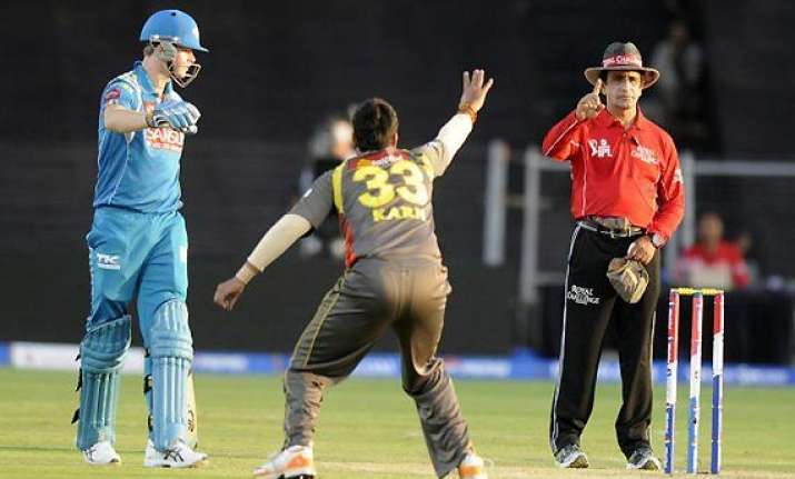 ipl6 spot fixing costly jeans shoes watches holiday package