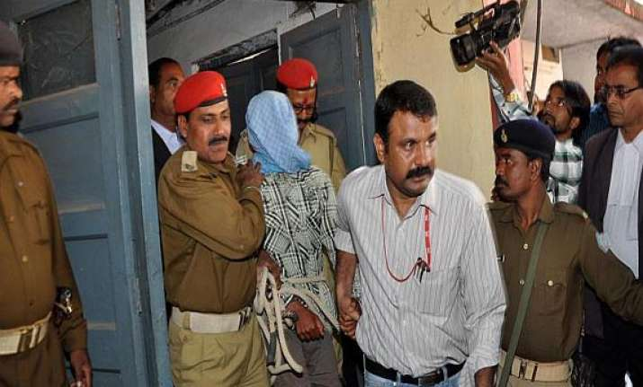 ipl spot fixing delhi police on the lookout of players