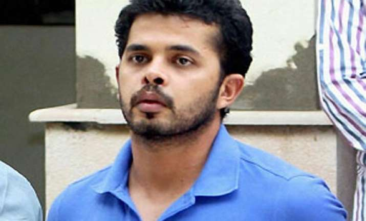 ipl spot fixing cash paid to sreesanth recovered from mumbai