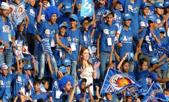 ipl 7 18 000 underprivileged children to cheer for mumbai