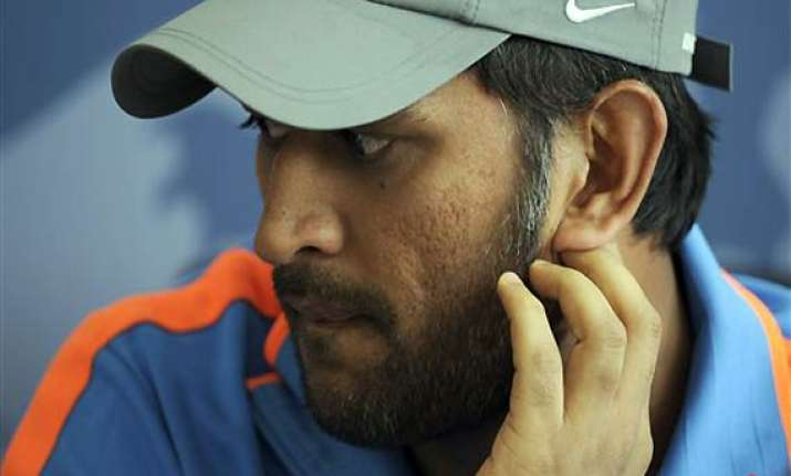 i feel awful...because i miss my parents dhoni