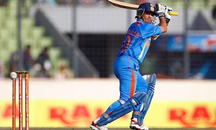 no plans to retire tendulkar hints 2015 wc is possible