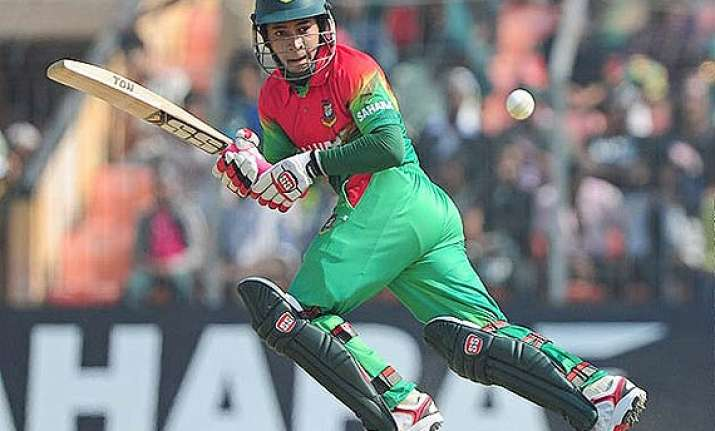 indian bowlers restrict bangladesh to 272/9 in 50 overs