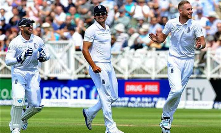 ind vs eng england snatch momentum from india with last