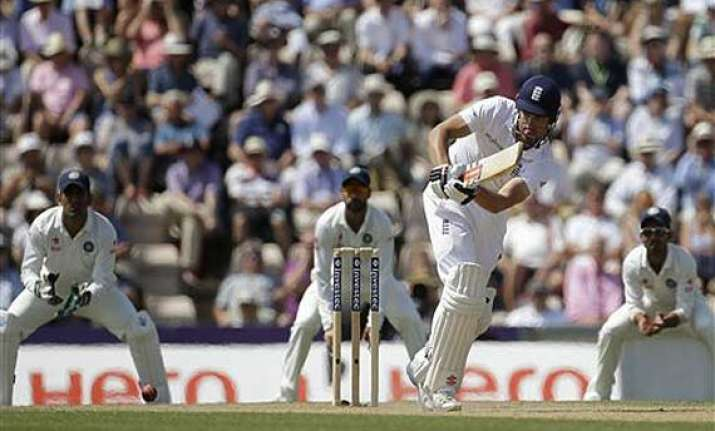 ind vs eng england take overall lead to 319 at lunch on day