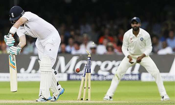 ind vs eng test evenly poised as england reach 105/4 in