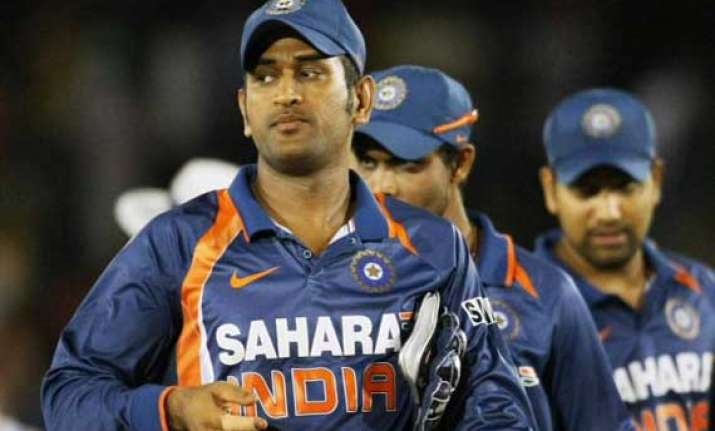india australia series india won the toss put australia