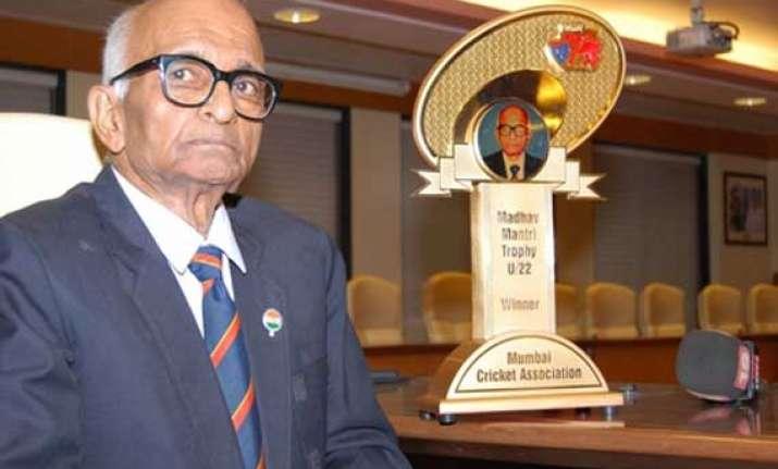 india s oldest test player mantri dies