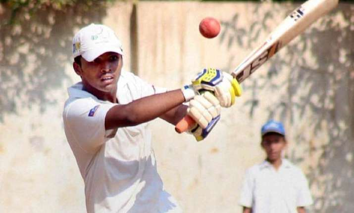 tendulkar harbhajan congratulate dhanawade for smashing 1009