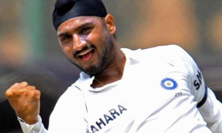 kohli explained why i was dropped from test team harbhajan