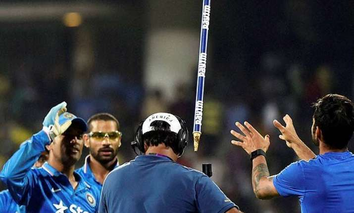 dhoni s gift to virat after match winning knock against