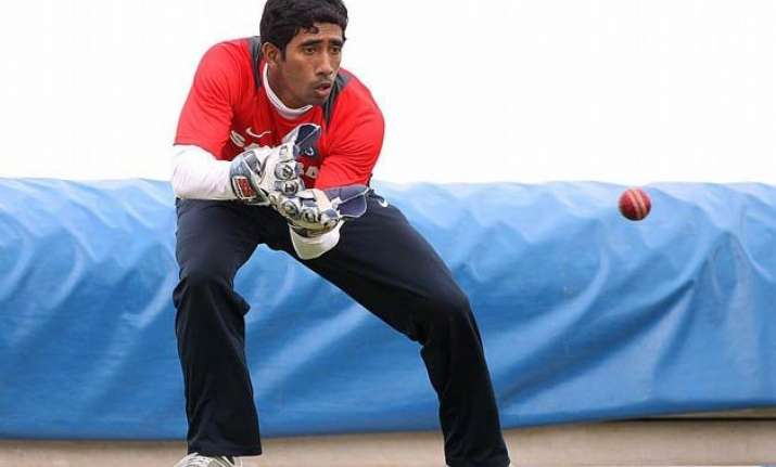 wriddhiman saha deserves to be keeper in tests for next 5