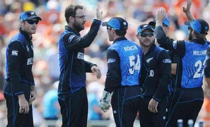 world cup 2015 new zealand wins toss bowls against