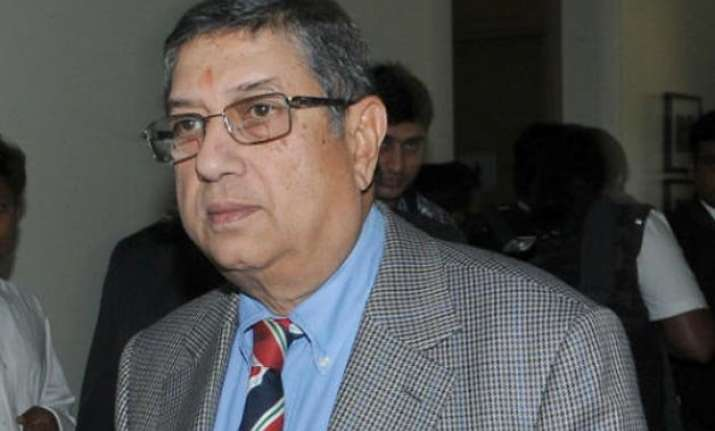 top court asks srinivasan to choose between bcci and csk