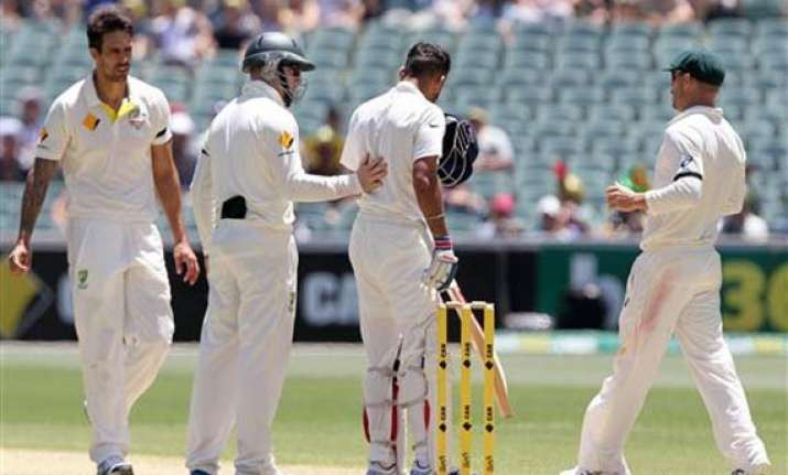 aus vs ind jittery aussies rattled after kohli hit by