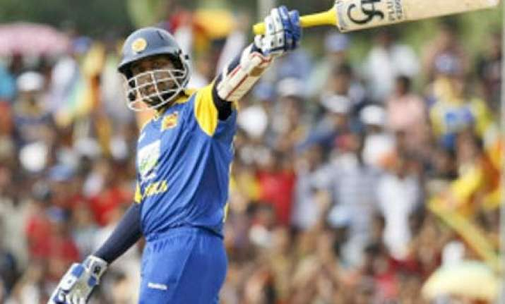 dhoni s series winning streak ends as lanka clinch title