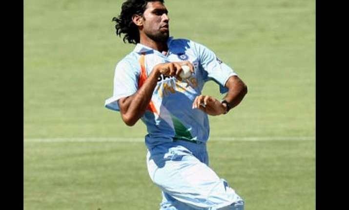 munaf patel to join indian team in sri lanka