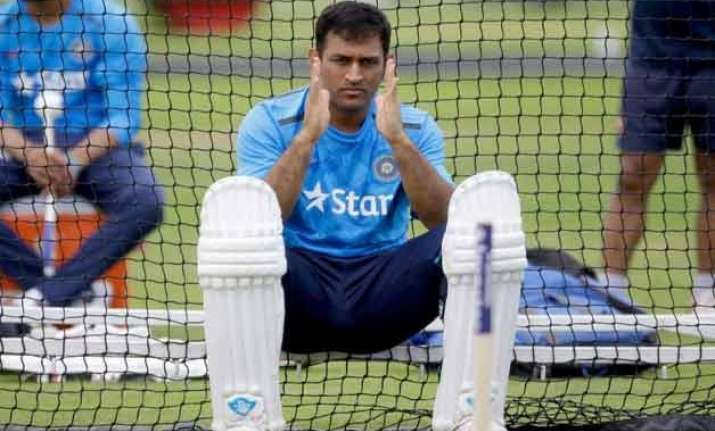 india can t play more against uae to help them dhoni