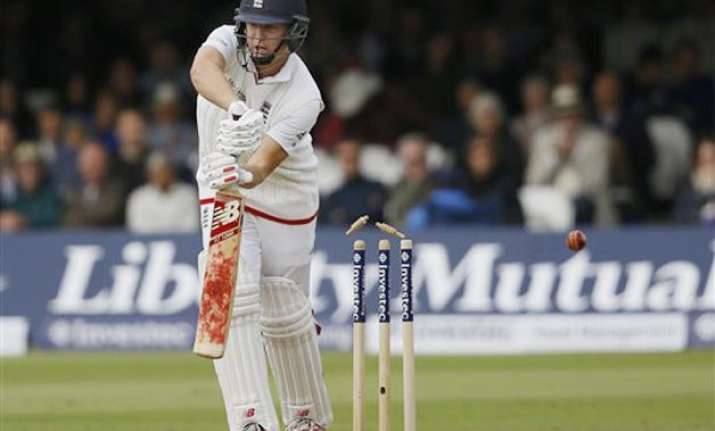 eng vs nz england trail new zealand by 60 with 8 wickets