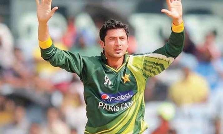 injury puts pakistan bowler junaid khan in world cup doubt