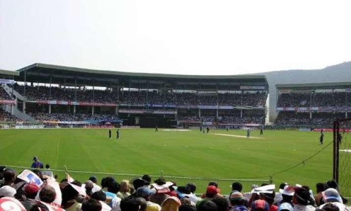 no possibility of shifting odi from vizag for cyclone bcci