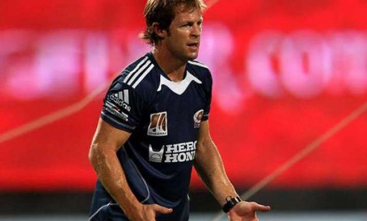 jonty rhodes becomes father names his daughter india