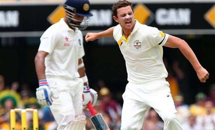 aus vs ind hazzlewood takes five to bowl out india for 408